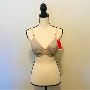 SPANX Pillow Cup Full Coverage Underwire Bra